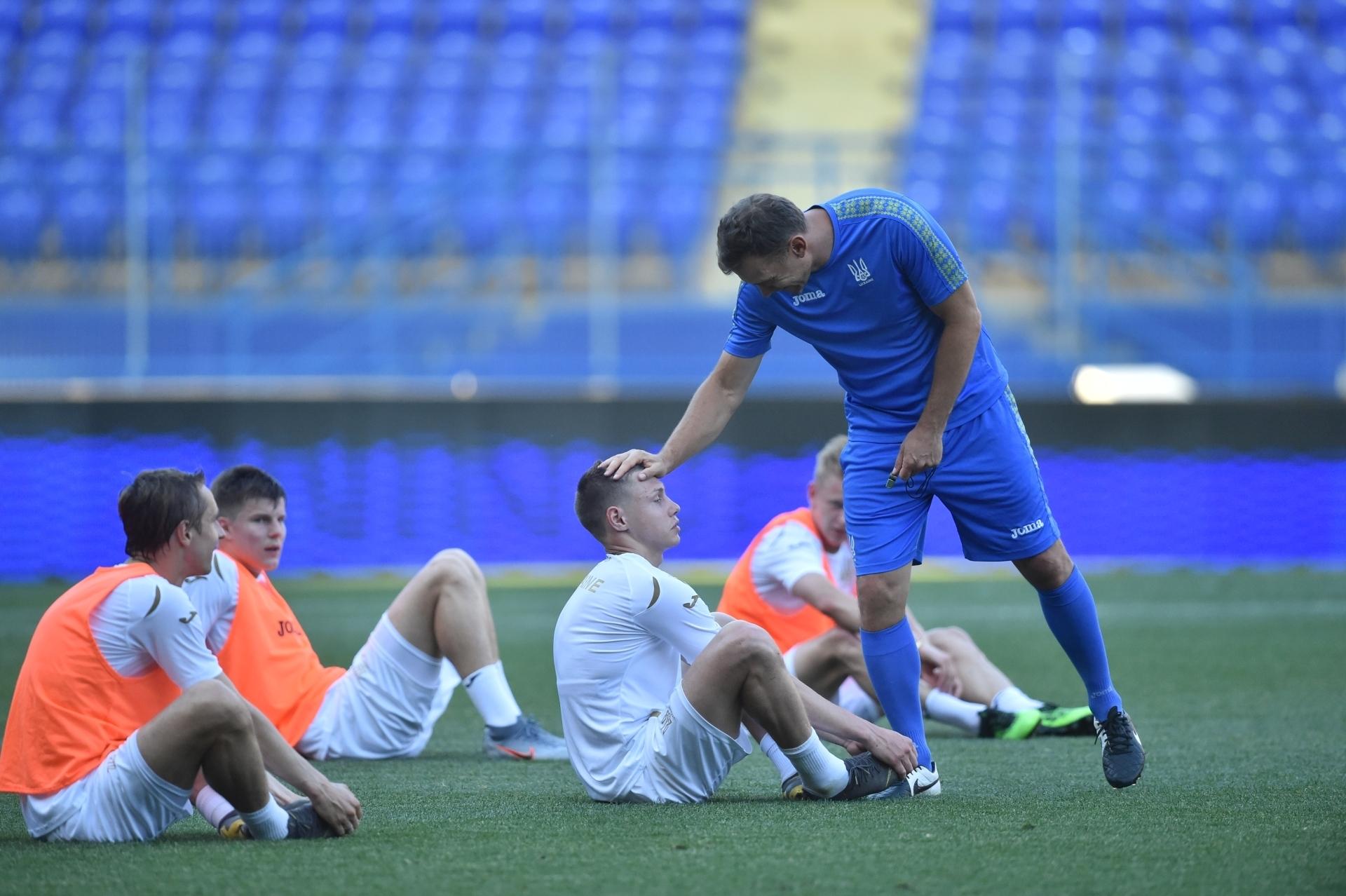 Збірна України: як пройшов перший день тренування у дворазовому режимі (Фото) - изображение 5