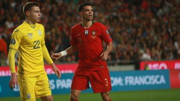 Защитник сборной Португалии Пепе не сможет принять участие в финале Лиги наций