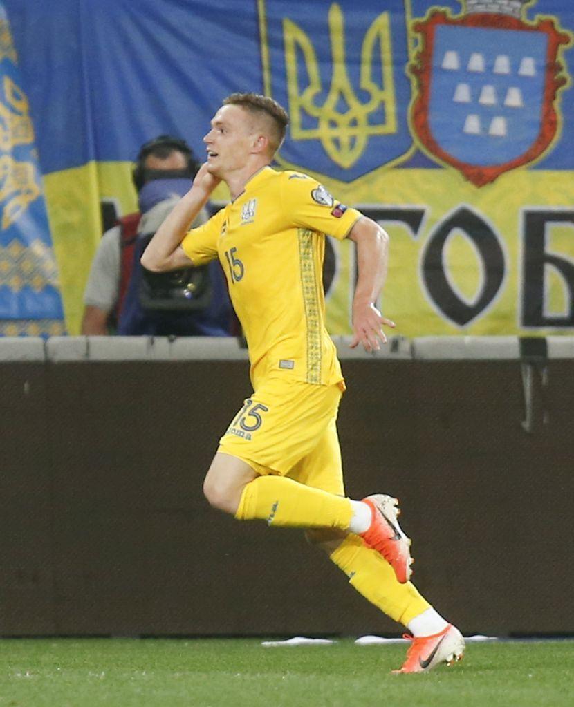 """Сербские болельщики: """"Или украинцы сидят на допинге, или отравили наших футболистов"""" - изображение 1"""
