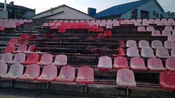 """Ультрас """"Карпат"""" спалили трибуну на луцькому стадіоні """"Авангард"""" (Фото)"""