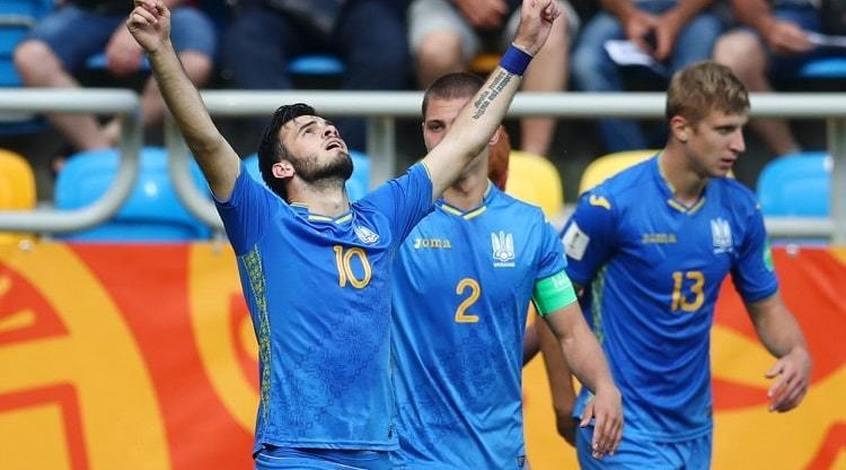 Невероятные эмоции из раздевалки сборной Украины U-20 (Видео)