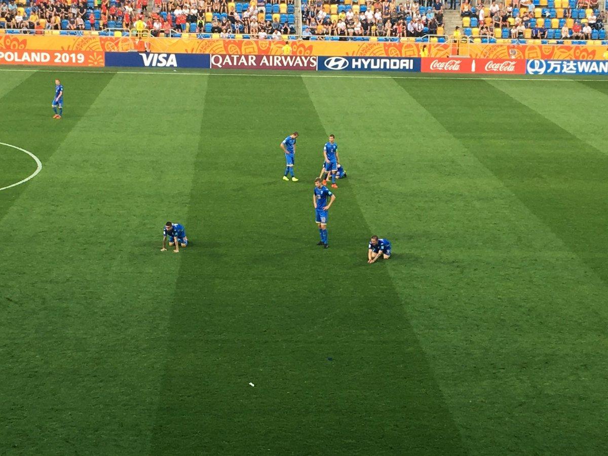 От сумасшедшей радости – до слёз: три фото матча Украина – Италия на чемпионате мира U-20 - изображение 2