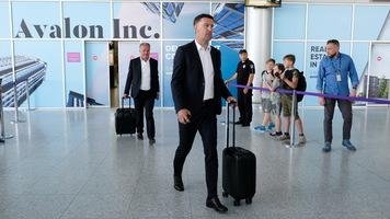 Официально: Младен Крстаич уволен с поста главного тренера сборной Сербии