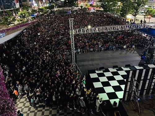 Миллионы корейцев не спали, чтобы посмотреть финал с Украиной, страна сходила с ума (Фото) - изображение 11