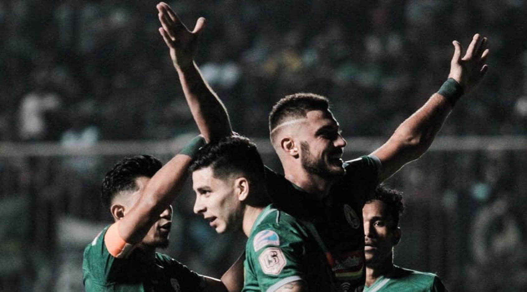 Гол Бохашвили не помог его команде в матче с одним из лидеров чемпионата Индонезии (+Видео)