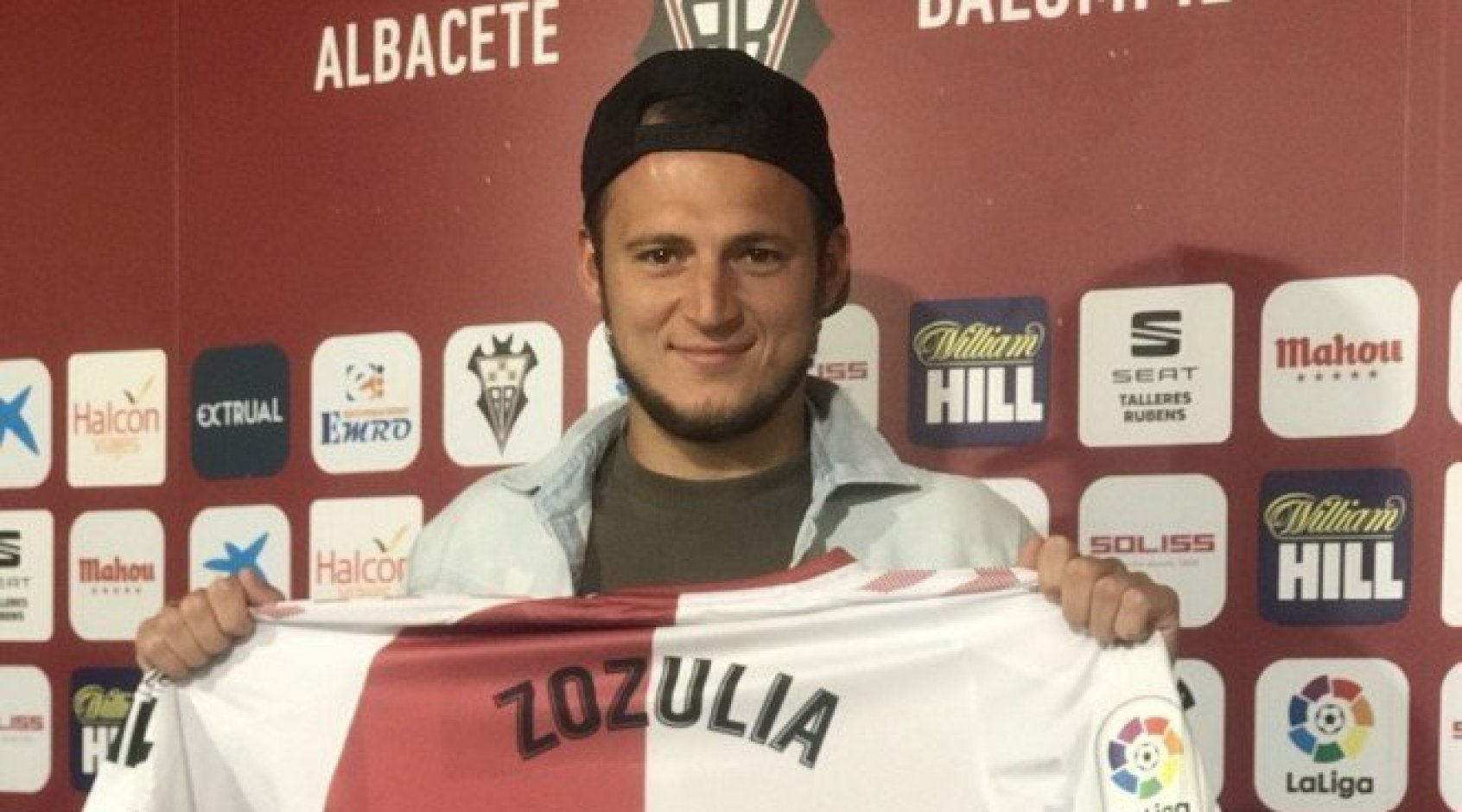 """Роман Зозуля - лучший игрок октября в """"Альбасете"""" по версии Fútbol Mahou"""