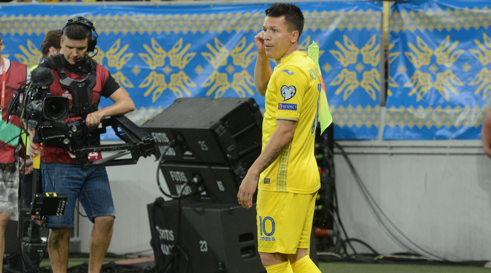 """Спортивный директор """"Шальке"""": все еще не договорились с """"Бешикташем"""" по трансферу Коноплянки"""