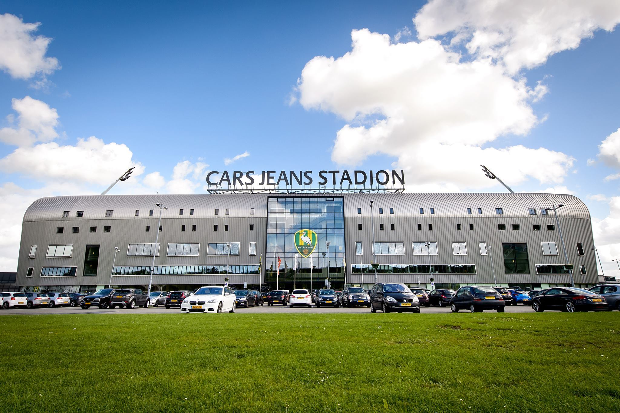 Ситуация со стадионом АЗ: странное заявление гендиректора и экономия на материалах - изображение 1