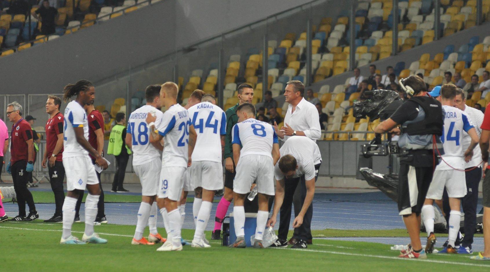 Футбол. лига чемпионов уефа. боруссия мёнхенгладбах динамо киев украина