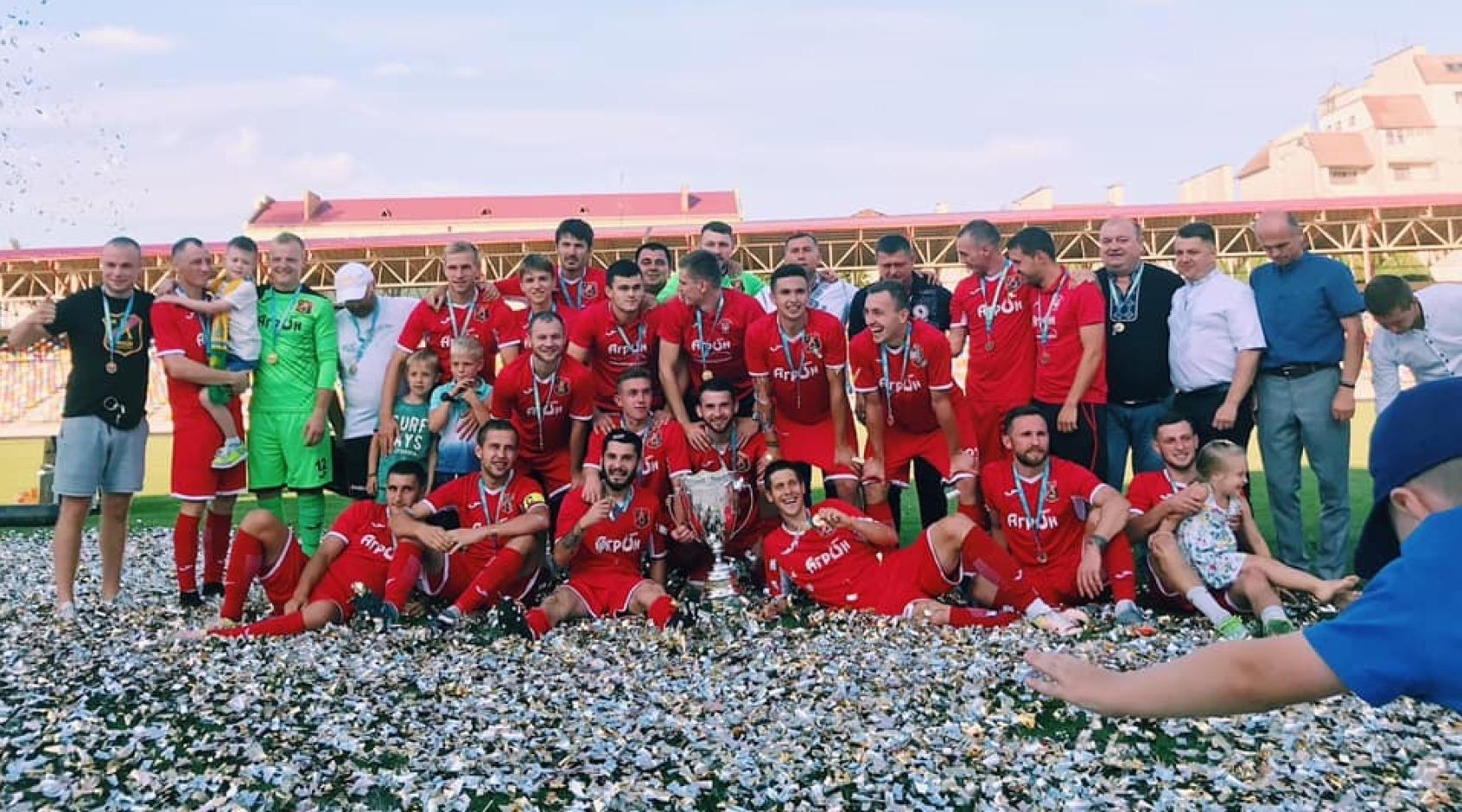 Три тисячі глядачів зібрав фінальний поєдинок кубка Тернопільської області
