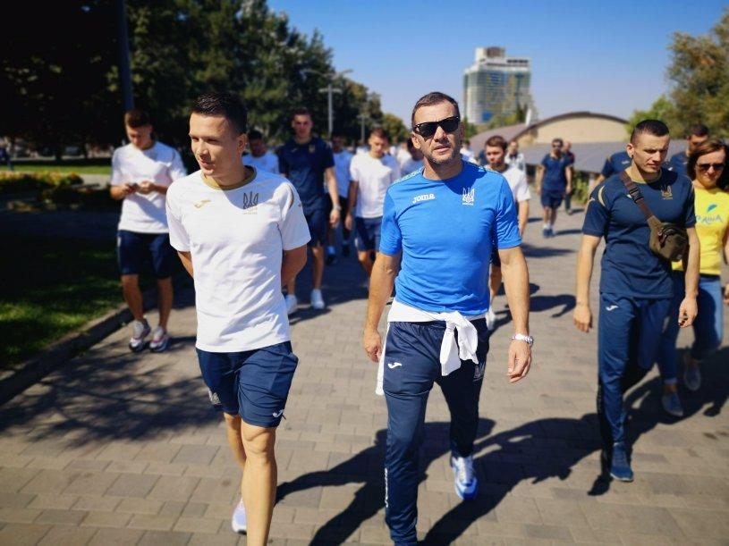 Збірна України прогулялася по Дніпру - изображение 1