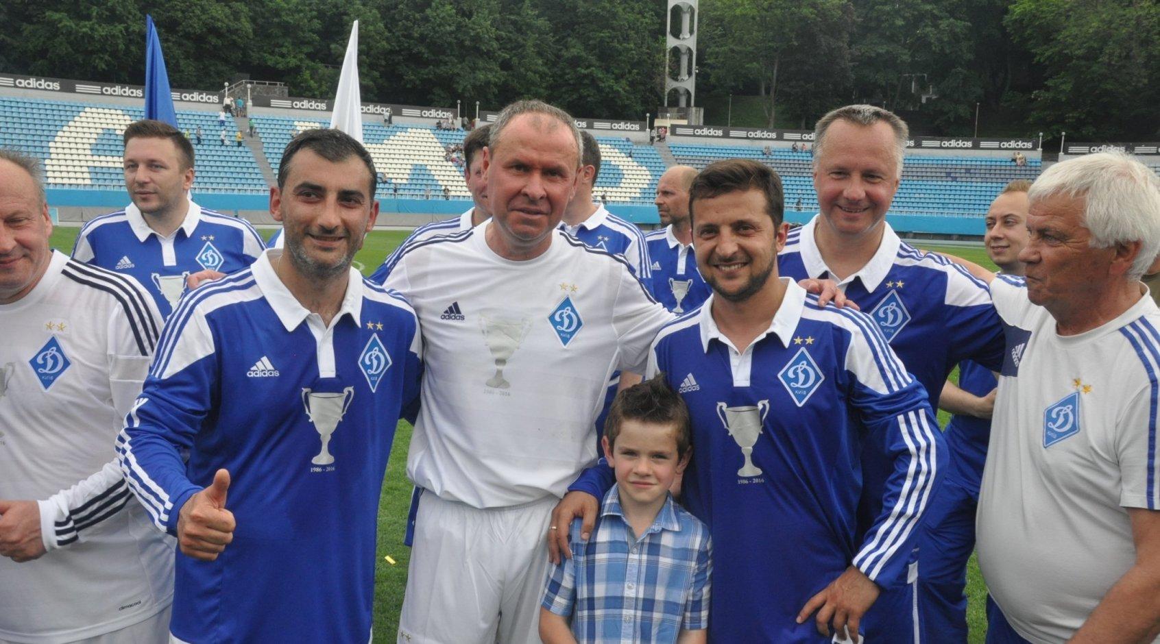 Сегодня свой день рождения отмечает Геннадий Литовченко