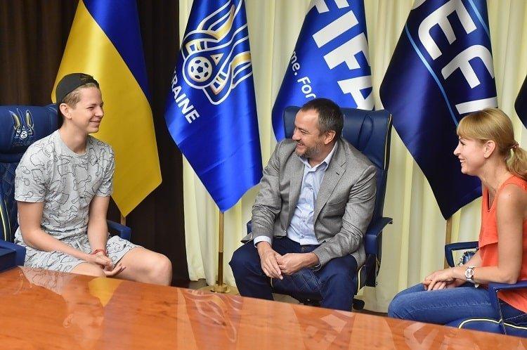 УАФ підтримала 16-річного футболіста Нікіту Малецького, який долає складне онкологічне захворювання