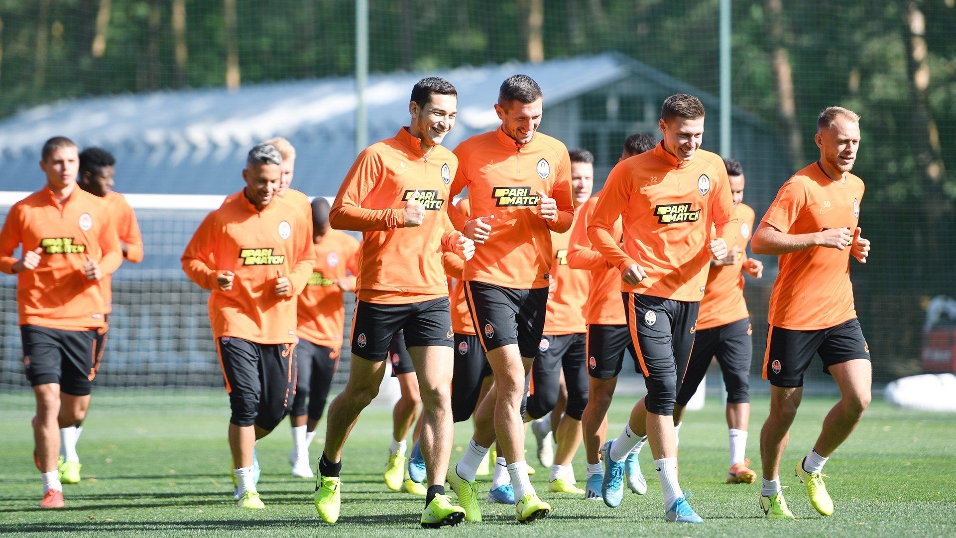 """Возвращение Каштру, Тайсон в шлеме и пятка Коно: """"Шахтер"""" готовится к """"Манчестер Сити"""" - изображение 18"""