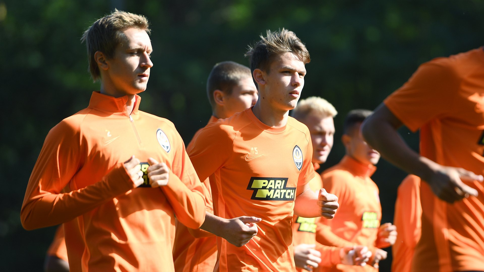"""Возвращение Каштру, Тайсон в шлеме и пятка Коно: """"Шахтер"""" готовится к """"Манчестер Сити"""" - изображение 19"""
