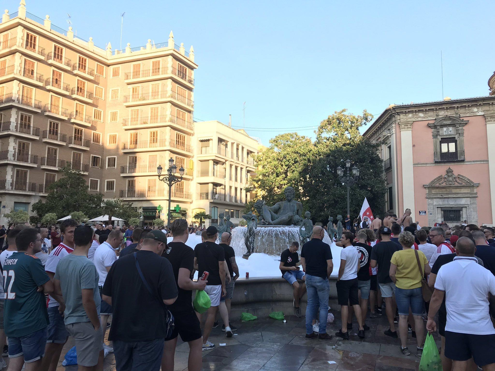 """Фанаты """"Аякса"""" зажгли в Испании (+Фото, Видео) - изображение 2"""