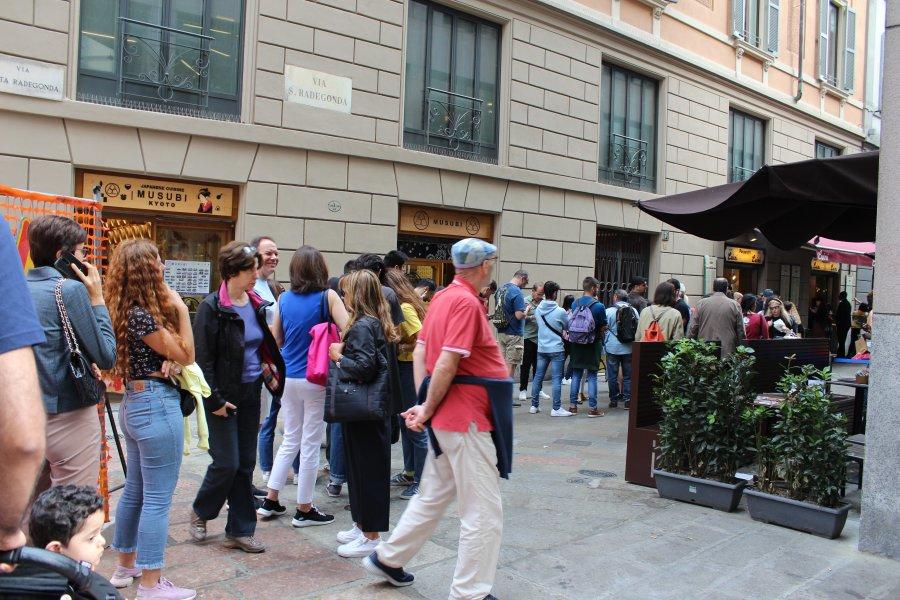 Приключения украинцев в Милане: город бутиков, мопеды и китайцы - изображение 15