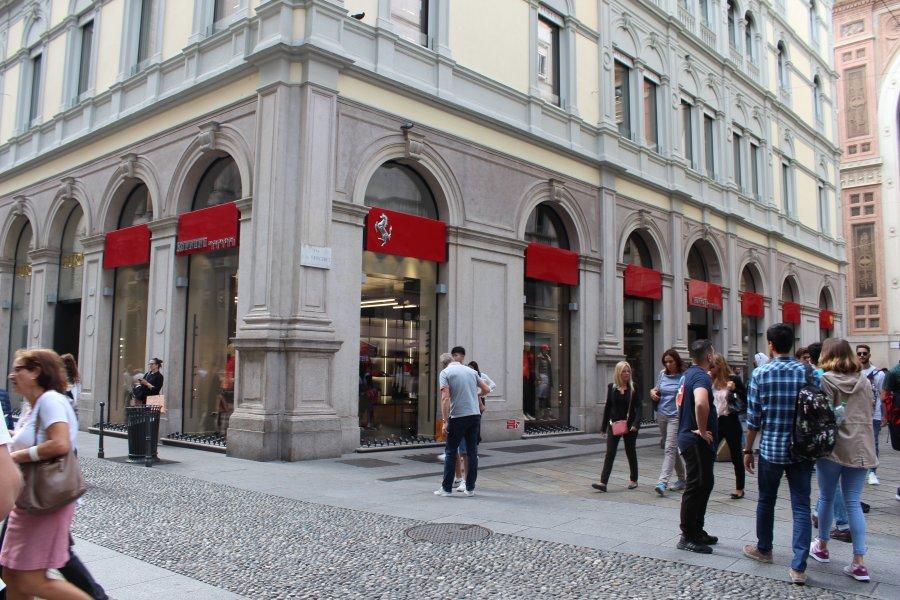 Приключения украинцев в Милане: город бутиков, мопеды и китайцы - изображение 18