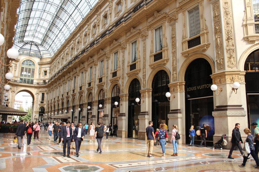 Приключения украинцев в Милане: город бутиков, мопеды и китайцы - изображение 19
