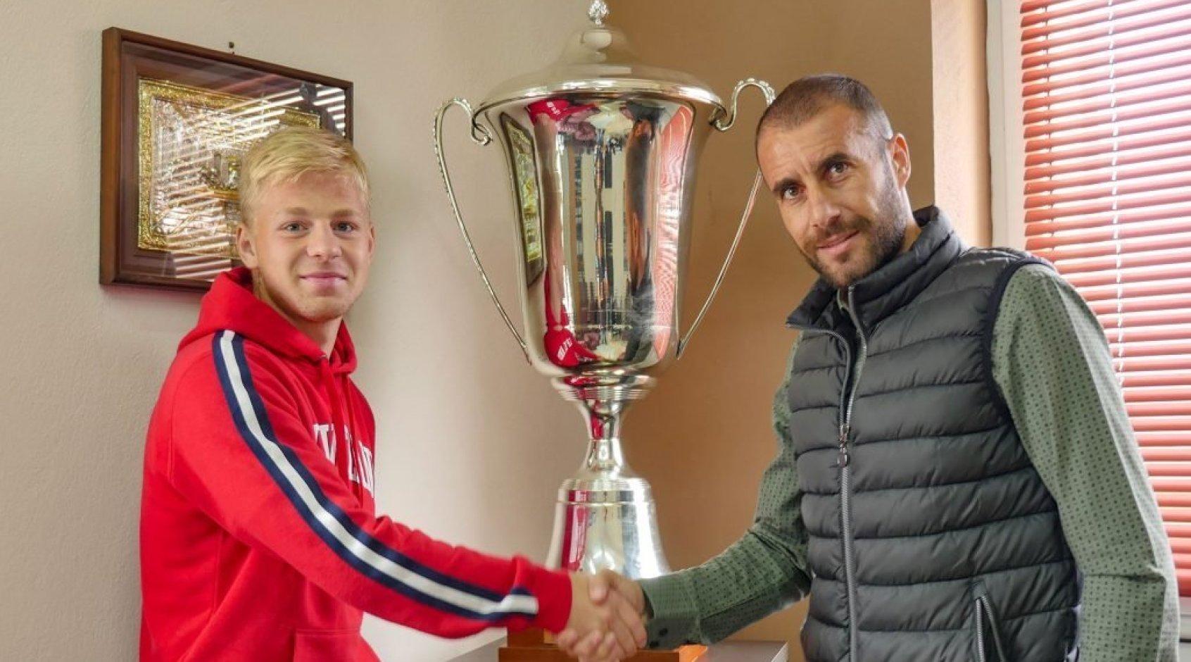 Владислав Наумец забивает первый гол в чемпионате Греции (+Видео)