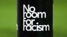 Игрок покинул поле из-за расистских оскорблений, а после возвращения забил (+ Видео)
