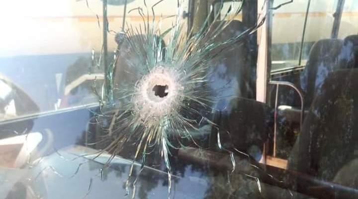 Вооруженные грабители атаковали автобус с нигерийской командой, есть тяжело раненые (+Фото)