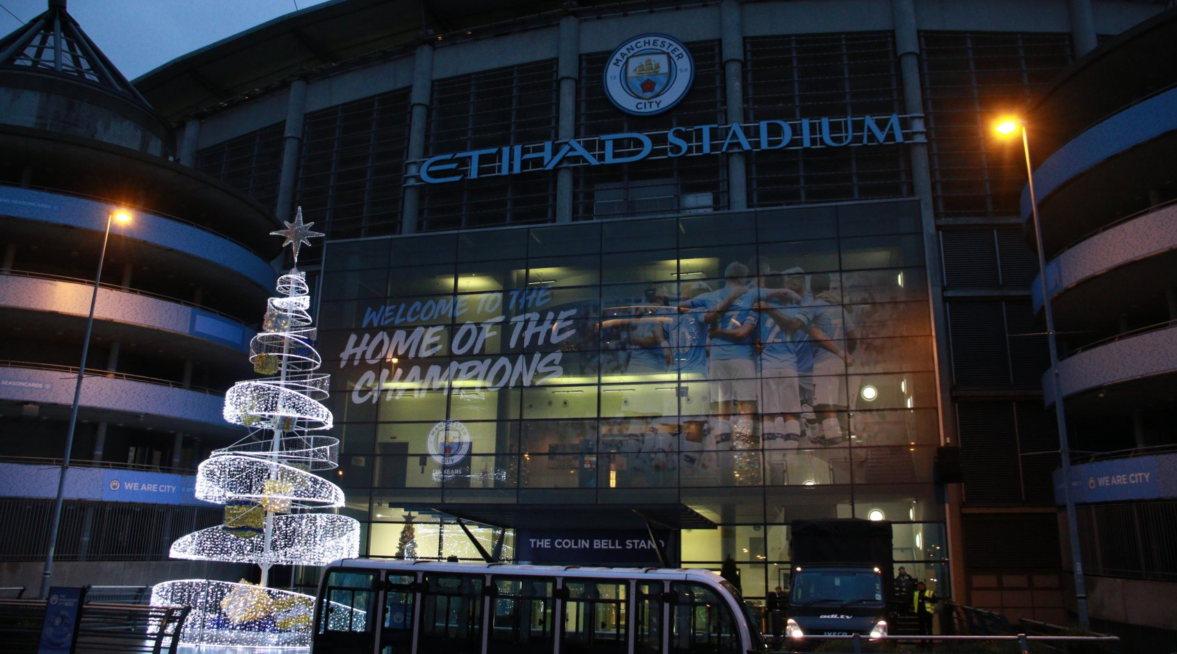 """Манчестер Сити"" на два года отстранили от еврокубков за финансовые махинации"