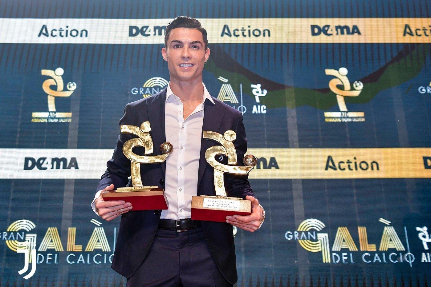 Фото дня: Криштиану Роналду стал лучшим игроком Серии А в 2019 году - изображение 1
