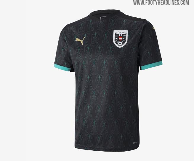 Новый лого и стильный лев: соперники сборной Украины на Евро-2020 определились с формой (+Фото) - изображение 2