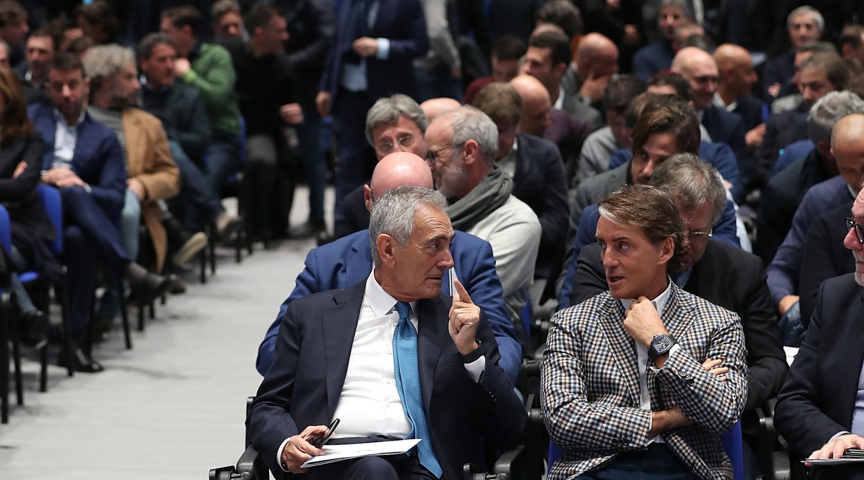 Как коронавирус повлиял на чемпионат Италии: бюджеты, контракты, зарплаты