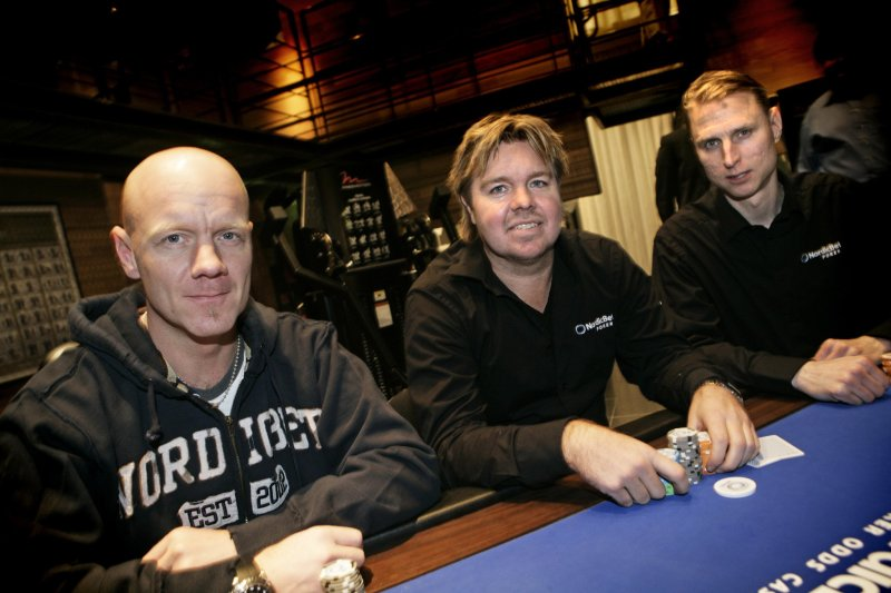 Топ-10 футболистов, играющих в покер: успешный Пике, перспективный Неймар, скандальный Тотти - изображение 8