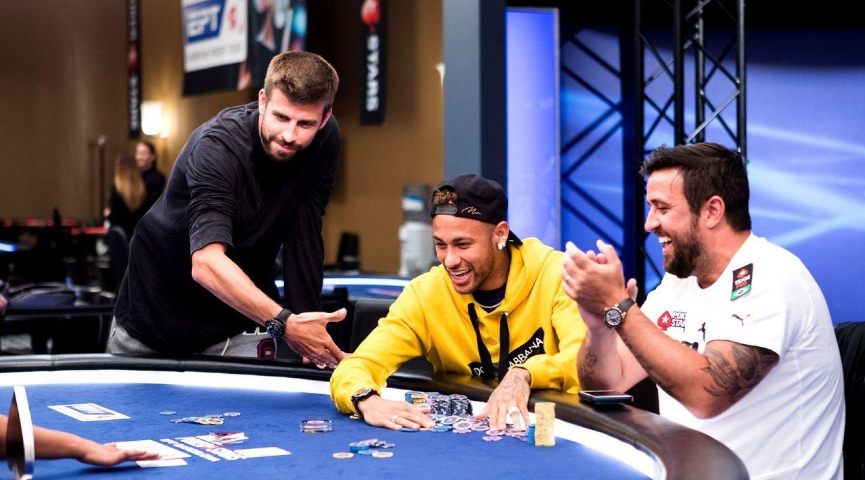Топ-10 футболистов, играющих в покер: успешный Пике, перспективный Неймар, скандальный Тотти