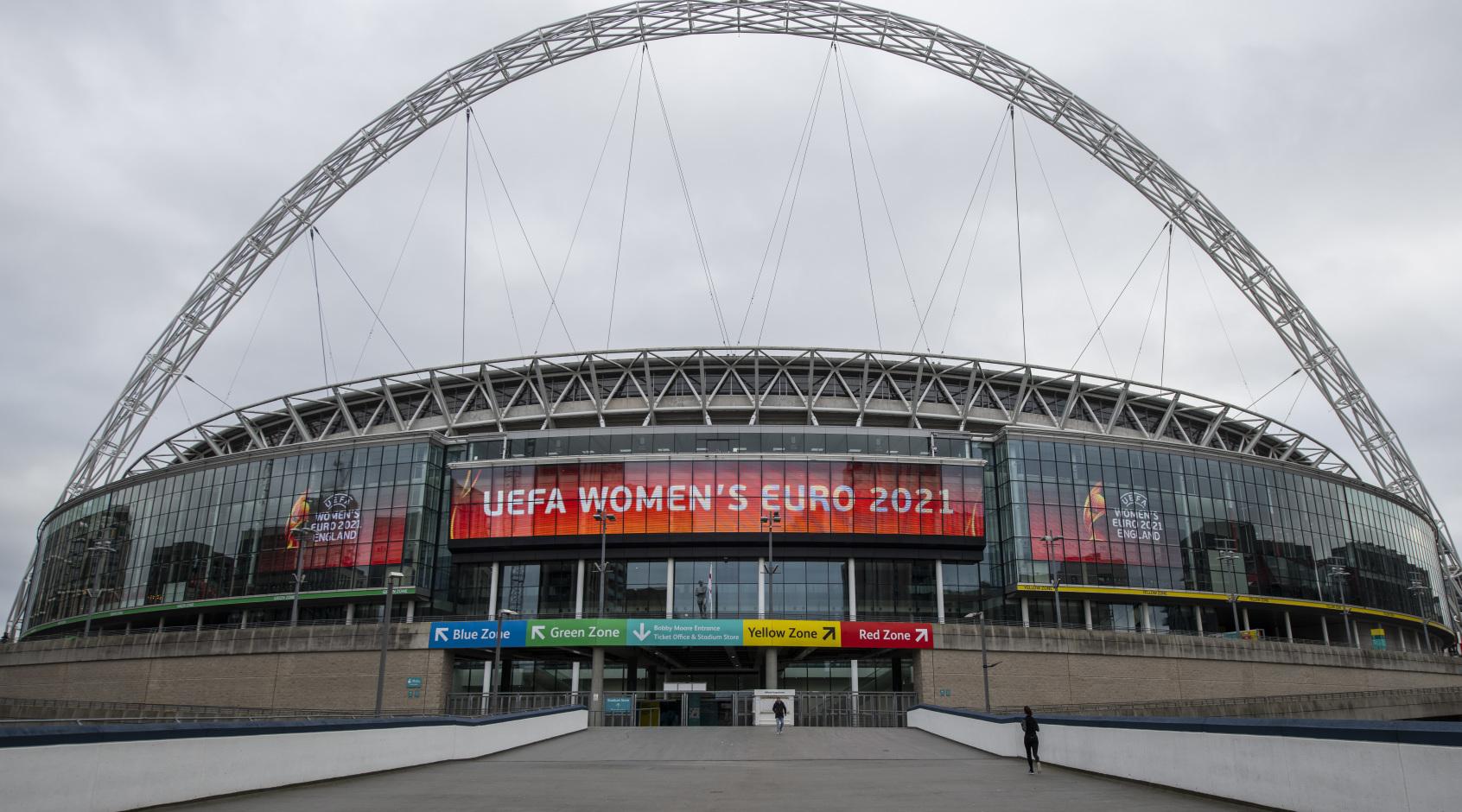 FA опасается, что в случае остановки сезона потери достигнут 300 млн. фунтов