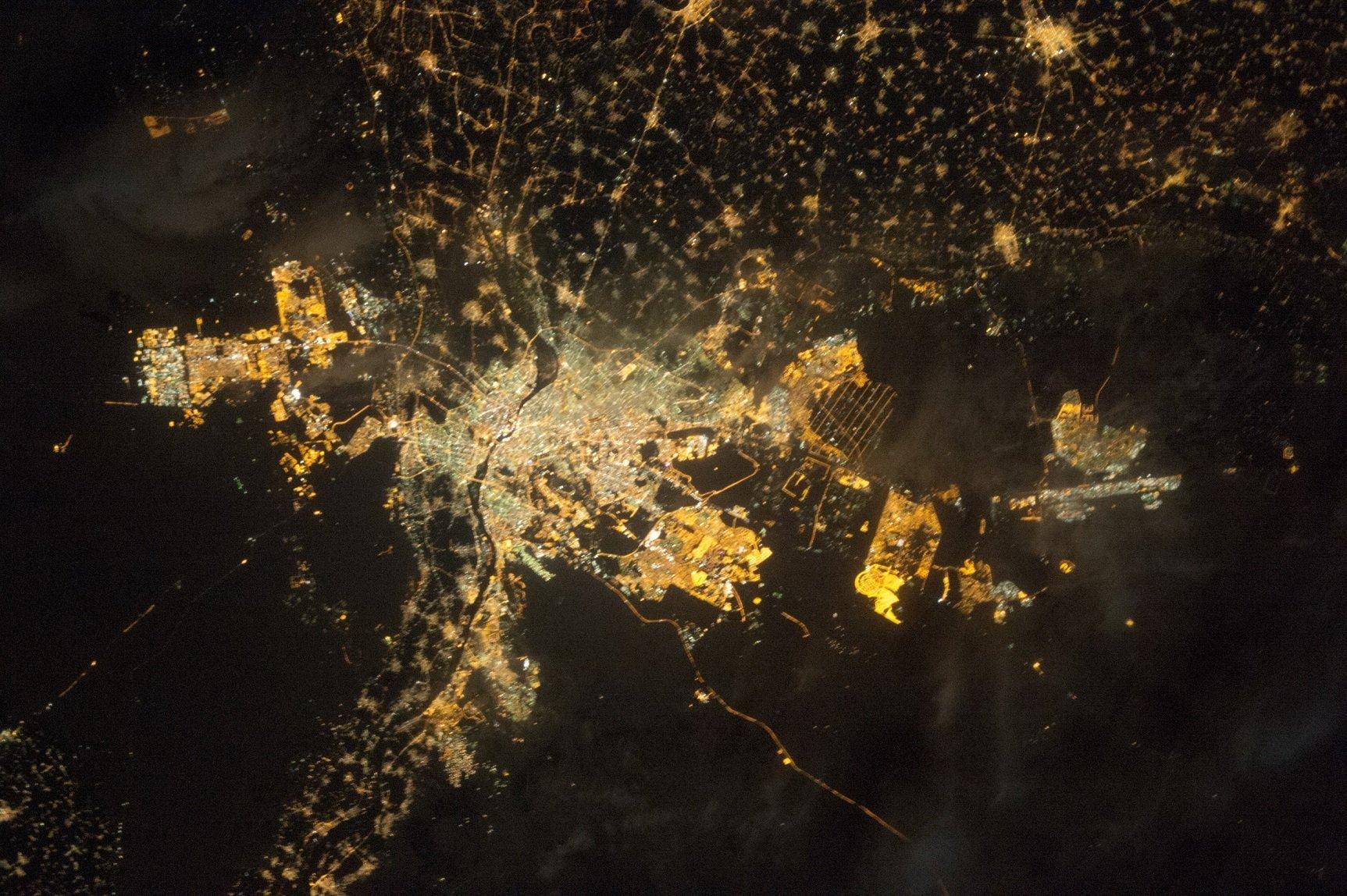 Футбол на карантине: ночной Каир, двойник Аллегри и гол Фернандиньо (Фото, Видео) - изображение 5