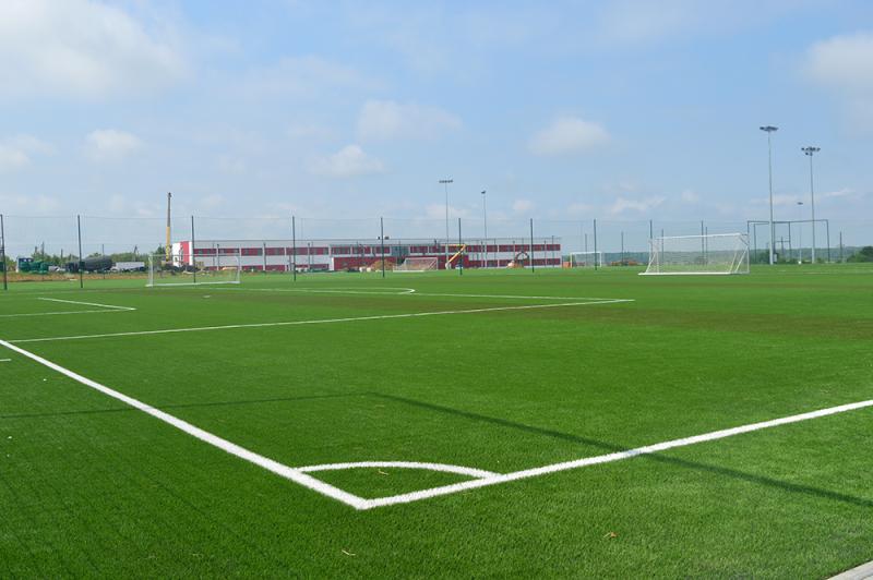 Угорці будують на Закарпатті ультрасучасну футбольну базу - изображение 2