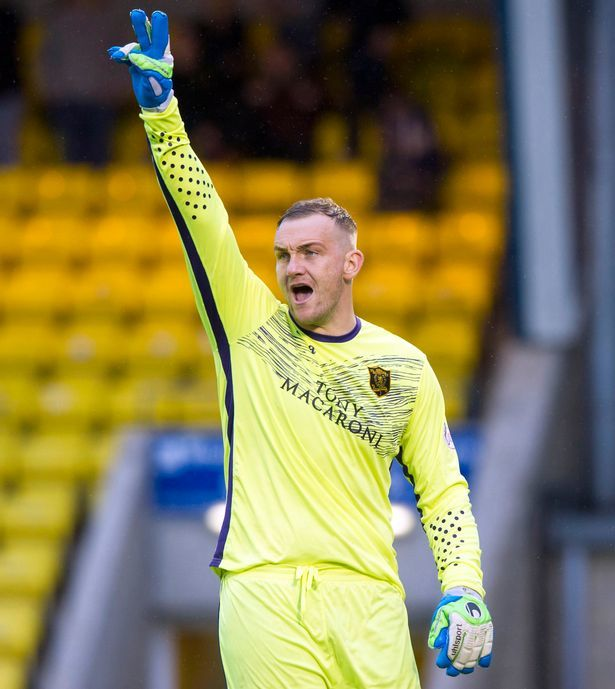 """""""Спасите Гари"""": шотландский клуб решает судьбу 37-летнего вратаря с помощью голосования (+Фото) - изображение 3"""