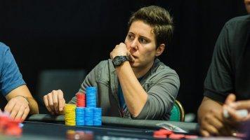 Лучшая покеристка в истории вернулась в игру, пока в качестве тренера