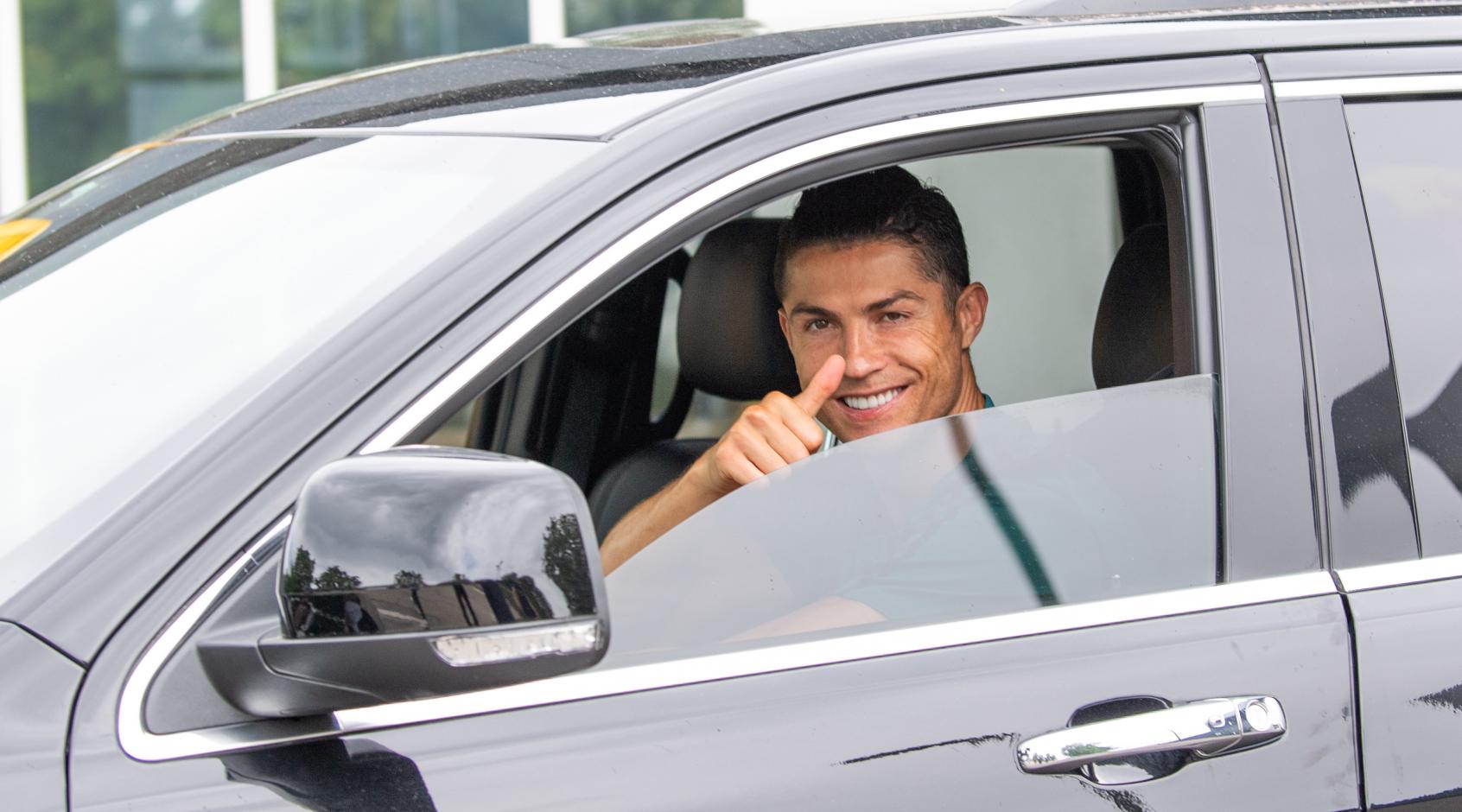 Криштиану Роналду может продолжить карьеру в ПСЖ - идут переговоры