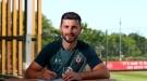 """Официально: """"Саутгемптон"""" продлил контракт с 33-летним Шейном Лонгом"""