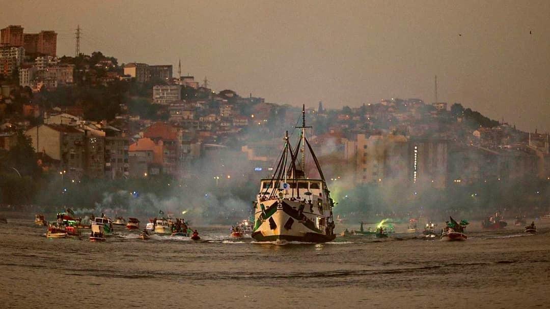 На море и на суше: турецкий клуб эффектно отпраздновал повышение в классе (+Фото, Видео) - изображение 3