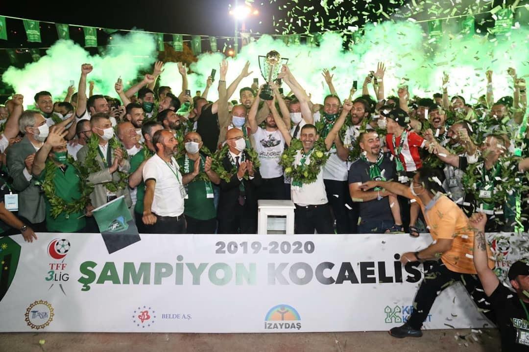 На море и на суше: турецкий клуб эффектно отпраздновал повышение в классе (+Фото, Видео) - изображение 13