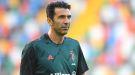 Джанлуиджи Буффон - первый игрок, на счету которого 10 побед в чемпионате Италии
