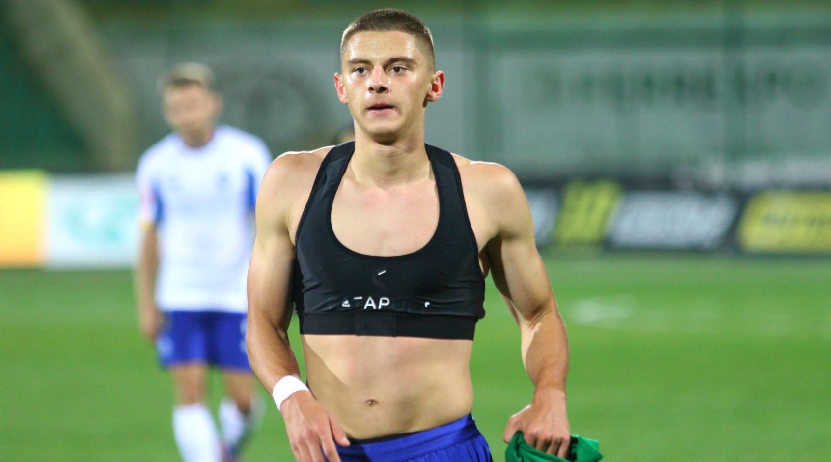 "Manchester Evening News: Виталий Миколенко интересен ""Манчестер Юнайтед"""