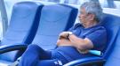 Перед пресс-конференцией Луческу поменяли неудобные кресла (Фото)