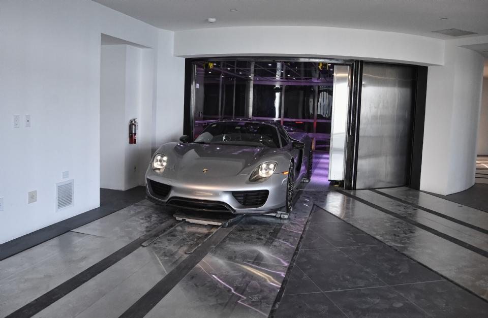 Как выглядит квартира в Майами, за которую Лионель Месси заплатил 8 миллионов евро (Фото, Видео) - изображение 4