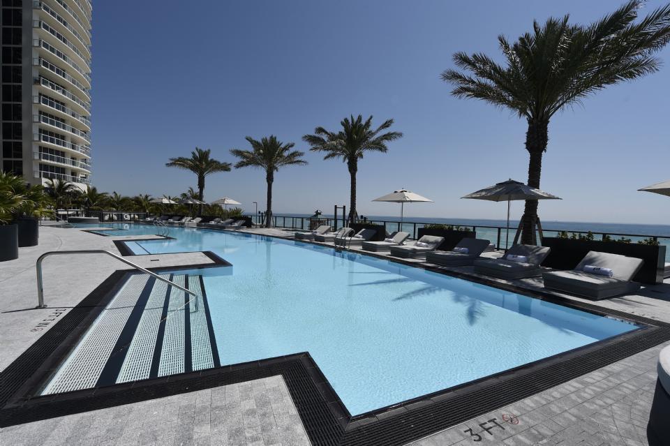 Как выглядит квартира в Майами, за которую Лионель Месси заплатил 8 миллионов евро (Фото, Видео) - изображение 11