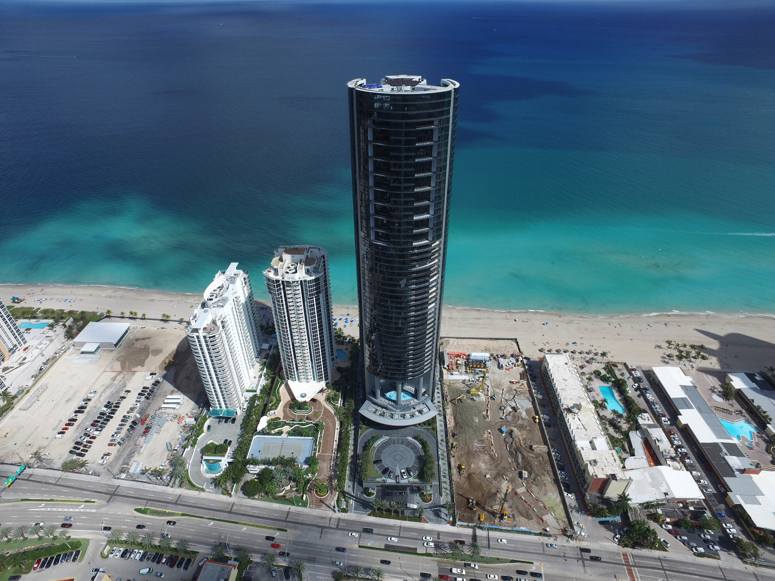 Как выглядит квартира в Майами, за которую Лионель Месси заплатил 8 миллионов евро (Фото, Видео) - изображение 2