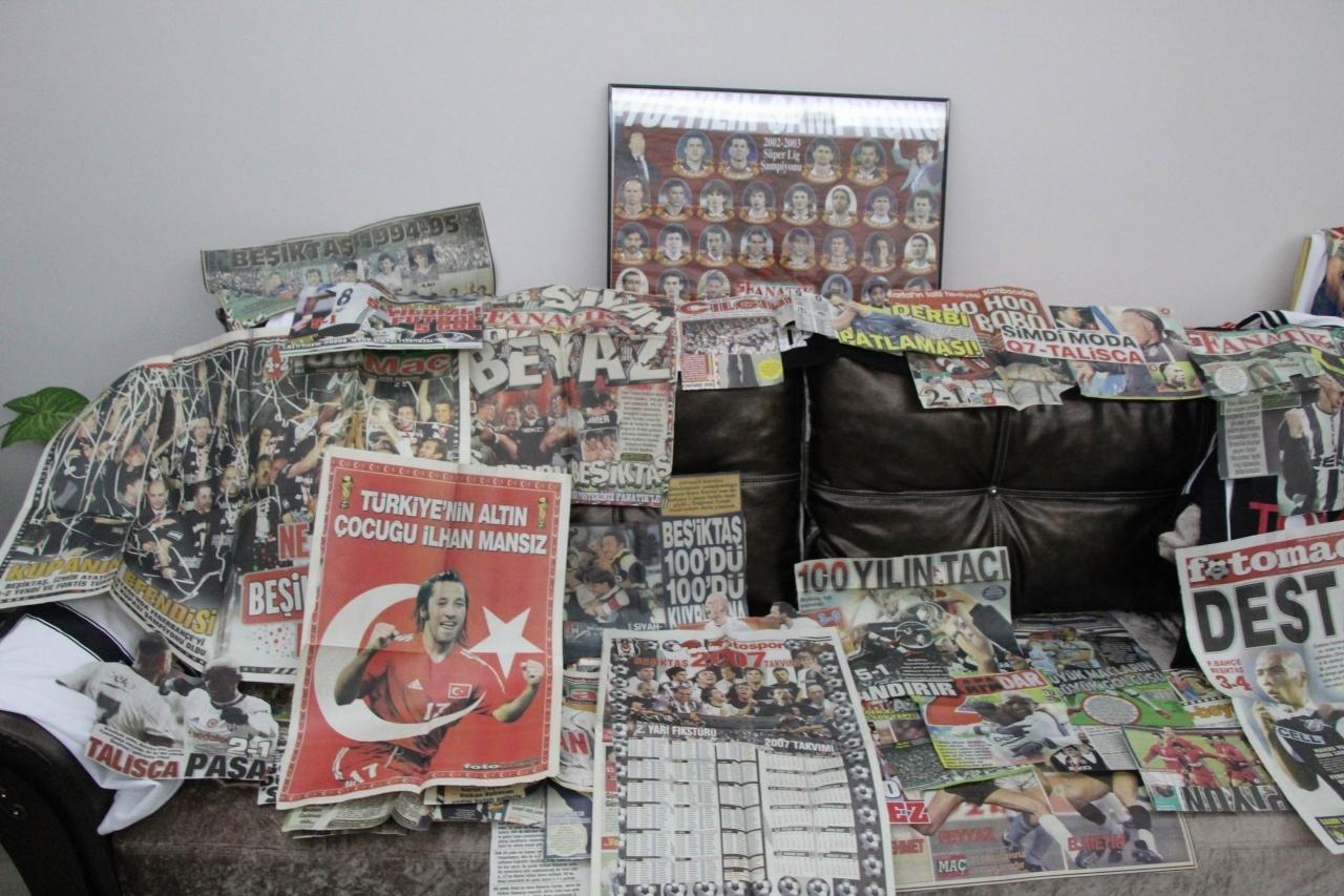 """Фанат """"Бешикташа"""" 35 лет собирает газетные вырезки (+Фото, Видео) - изображение 2"""