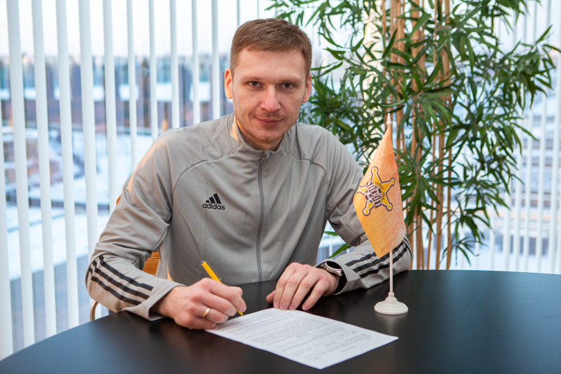 Юрий Вернидуб определился с помощниками в «Шерифе», все специалисты подписали контракты - изображение 4