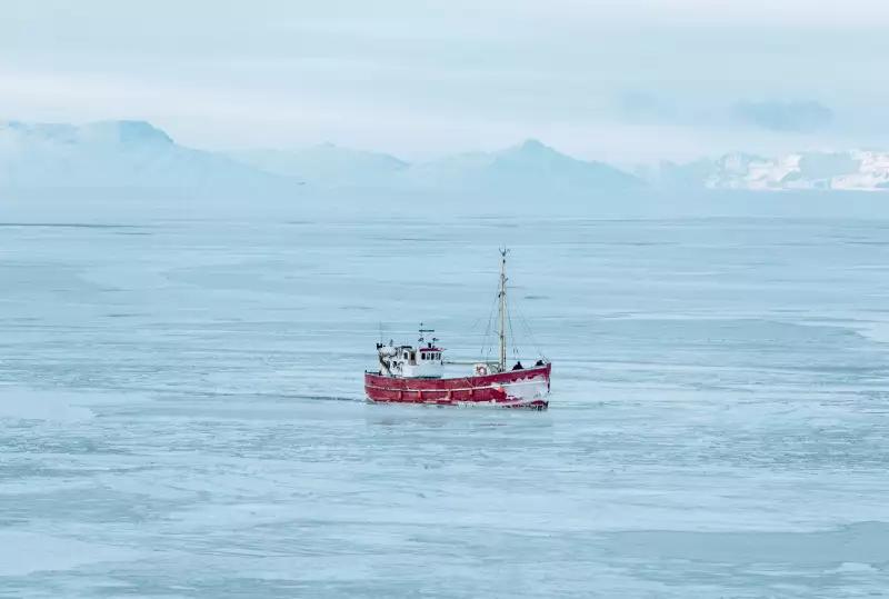 Самое короткое футбольное соревнование в мире: в Гренландии сезон длится одну неделю (+Фото, Видео) - изображение 18